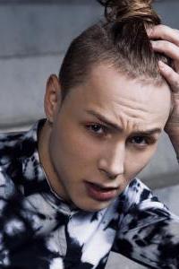 Александр Перцев - участник шоу Танцы на ТНТ, танцовщик