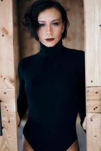 Юлия Гаффарова - участник шоу Танцы на ТНТ, танцовщик