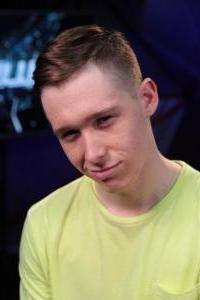 Станислав Пономарев - участник шоу Танцы на ТНТ, танцовщик